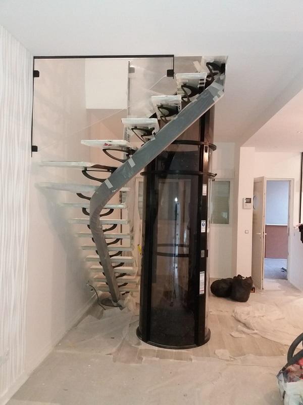 Un ascenseur Aritco pour personnes âgées